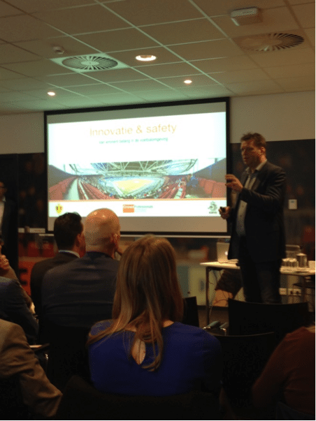 Expertmeeting Voetbal en Innovatie door CrowdProfessionals