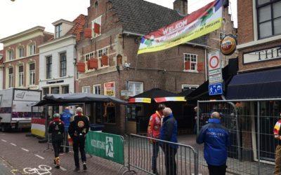Crowd control in Korte Putstraat